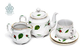 """Tea set """"Buds scattered""""."""