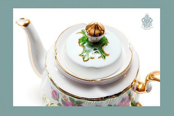 "Tea service ""Tenderness""."