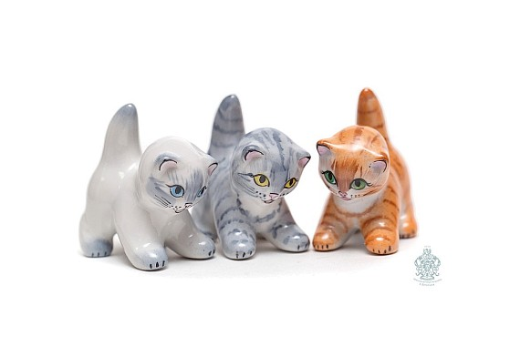 "Sculpture ""Kitten"""