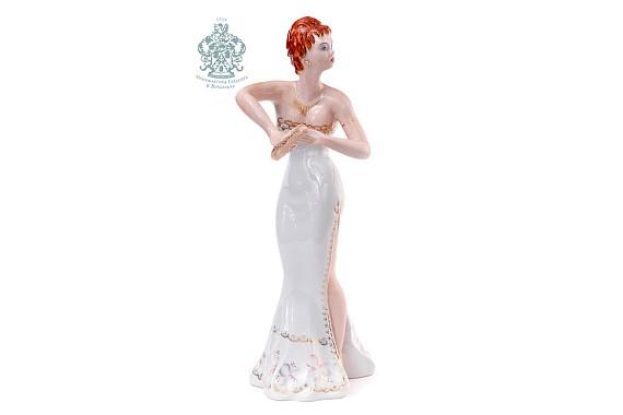 """Скульптура """"Танцовщица в белом"""""""