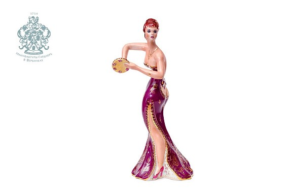 "Sculpture ""Dancer in burgundy"""