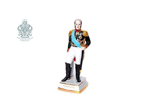 """Скульптура """"Генерал Барклай де Толли М.Б."""""""