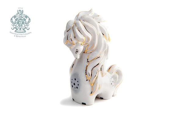 """Sculpture """"Horse"""""""