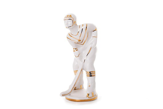 "Sculpture ""Hockey player"""