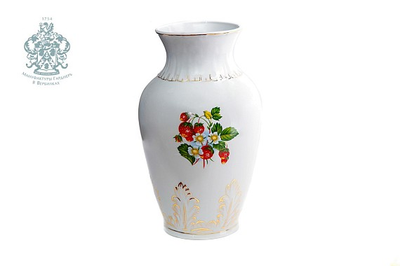 "Vase ""Blossoming strawberry"""