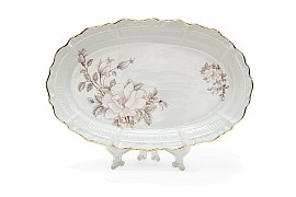 Oval dish, Contessa decor (decal and layering in gold), shape Kuznetsovskaya