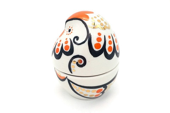 Подставка под яйцо цыпленок(девочка)