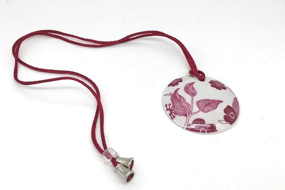 Медальон Цветы пурпурные