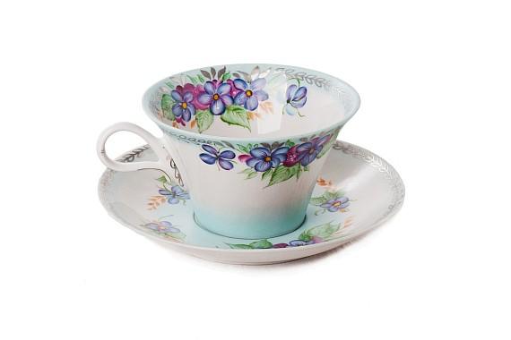"Tea pair ""Breath of the morning""."